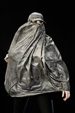 stealth-wear-burqa2_large