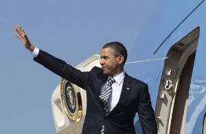 obama-air-force-one-waving
