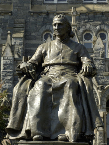 statue-of-john-carroll-founder-of-georgetown-university-washington-dc